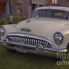1953 Buick super estate woodie station wagon by PROMedias