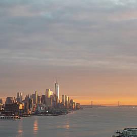 New York sunset by Zina Zinchik