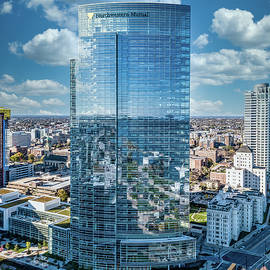 Northwestern Mutual Tower by Randy Scherkenbach