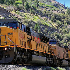 8256 Eastbound by Donna Kennedy