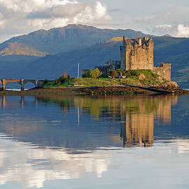 Eilean Donan Castle  Scotland. by Derek Beattie
