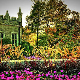 A Castle's Garden by Maria Faria Rodrigues