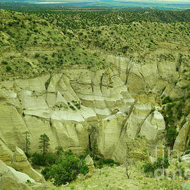 A view of the Tent Rocks by Jeff Swan
