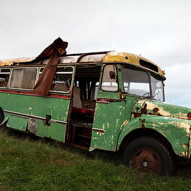 Abandoned classic bus in Seydisfjordur  by RicardMN Photography