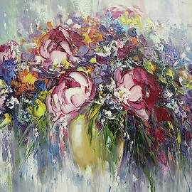 Abstract wild flowers by Mareta Martirosyan