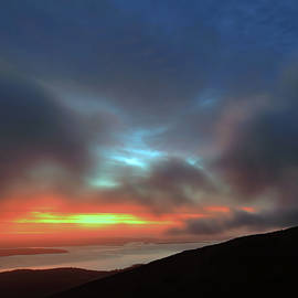 Acadia Sunrise From Cadillac Mountain by Stephen Vecchiotti
