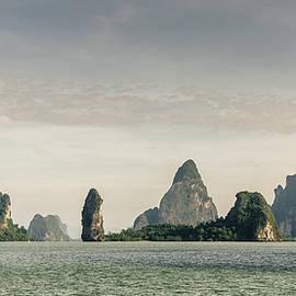 Andaman Sea islands by Alexey Stiop