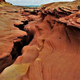Antelope Canyon Land by Suzanne Wilkinson