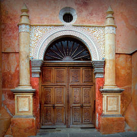 Antigua Door 11 by Claude LeTien