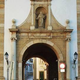 Arco Da Vila, Faro, Portugal by Poet's Eye