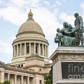 Arkansas State Capitol with the Confederate Women's Monument by Scott Pellegrin