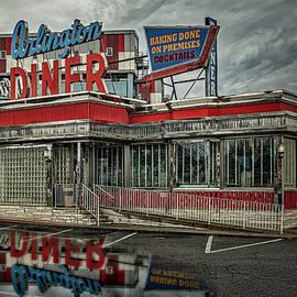 Arlington Diner NJ by Susan Candelario