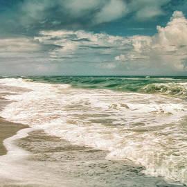 Atlantic Breeze by Kelley Freel-Ebner