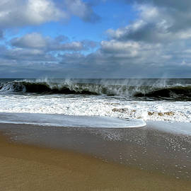 Atlantic Waves on the Fenwick Island Beach by Bill Swartwout Photography