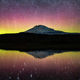 Aurora Nights II by Steve Luther