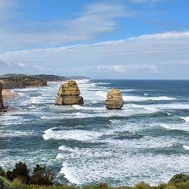 Australian Coastline by Yolanda Caporn