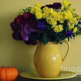 Autumn Greetings - Still Life by Dora Sofia Caputo