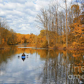 Autumn Kayaking by Jane Tomlin