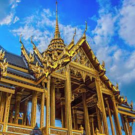 Bangkok Palace Pavilion by Brian Shaw