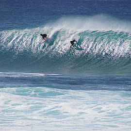 Banzai Pipeline Front Backdoor by Kevin Smith