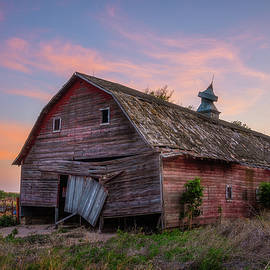 Barn With A Sad Face by Darren White