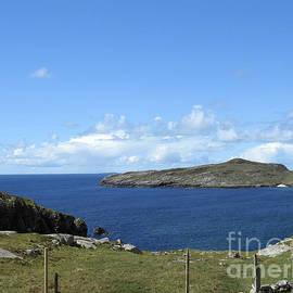 Beadarsaig, Isle of Harris by Kathryn Jones