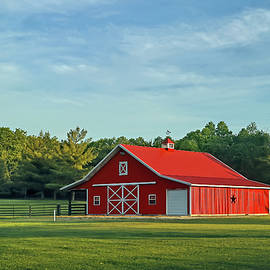 Beautiful Red Barn, Indiana by Steve Gass