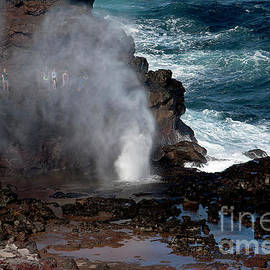 Behind  the Geyser by Ivete Basso Photography