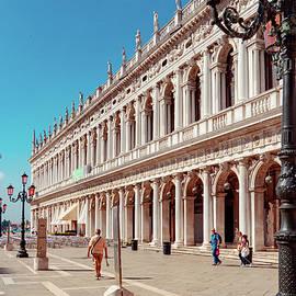 Biblioteca Nazionale Marciana by Andrew Cottrill