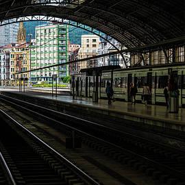 Bilbao Beyond by Hugh Warren
