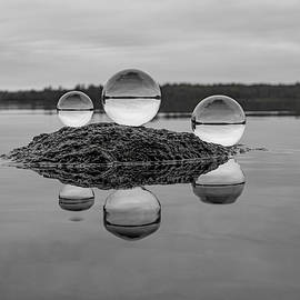 Black and White Orbs by Linda Howes