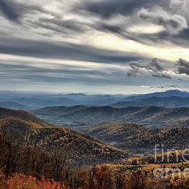 Blue Ridge Mountains by Lois Bryan