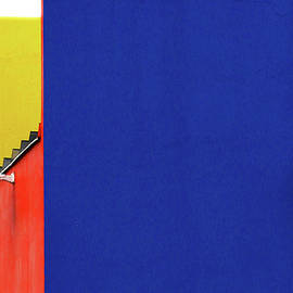 Blue Wall-Perth by Angelika Vogel