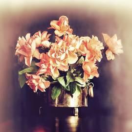 Bouquet of Roses by Slawek Aniol