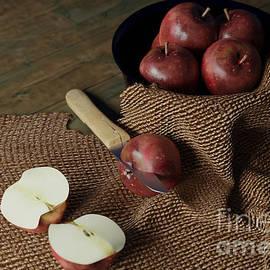 Bowl Of Apples by Jonathan Lingel