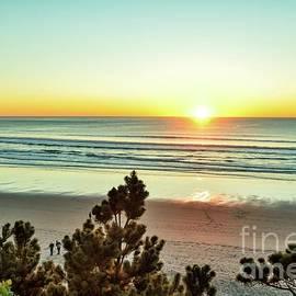 Brilliant Sunset by Beautiful Oregon
