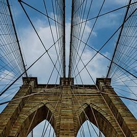 Brooklyn Bridge Website by Kay Brewer