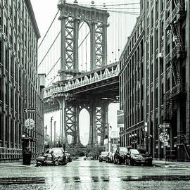 Brooklyn NY Dumbo 2020 by Sean Sweeney