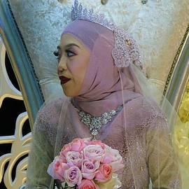Bruneian Bride by Robert Bociaga