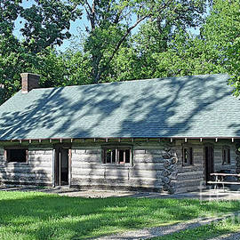 Bur Oaks Cabin by Linda Brittain