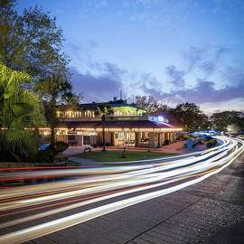 Cafe du Monde- City Park by Chase This Light Photography