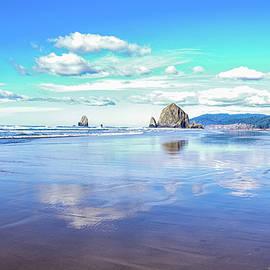 Canon Beach  by Jeff Swan