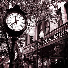 Capitol Street Clock by SC Shank