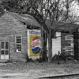 Carolina Backroads - Geddings Store - Black and White by Matt Richardson