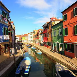 Colorful houses in Burano,Italy by Abrahan Fraga