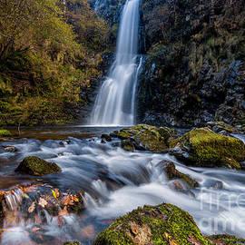 Cascada de Cioyo by DiFigiano Photography