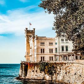 Castello di Miramare by Sarah Ventker
