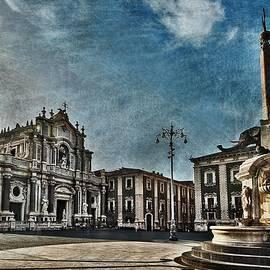Cathedral Square Catania by Al Fio Bonina