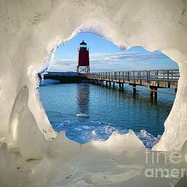 Charlevoix On Ice by Megan Noble