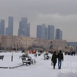 Christmas Day in Victory Park. Promenade by Anna Yurasovsky